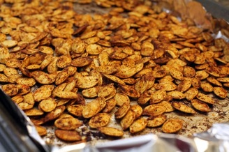 pumpkin_seeds_on_baking_sheet2
