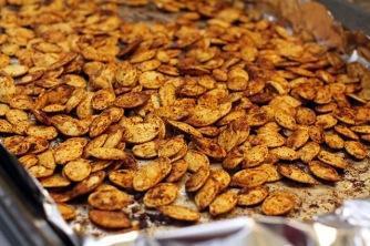 pumpkin_seeds_on_baking_sheet2